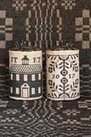 SCHOOLHOUSE COVERLET PIN DRUM - Heartstring Samplery