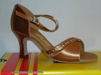 Sale Elise Latin Tan Size 2.5 only