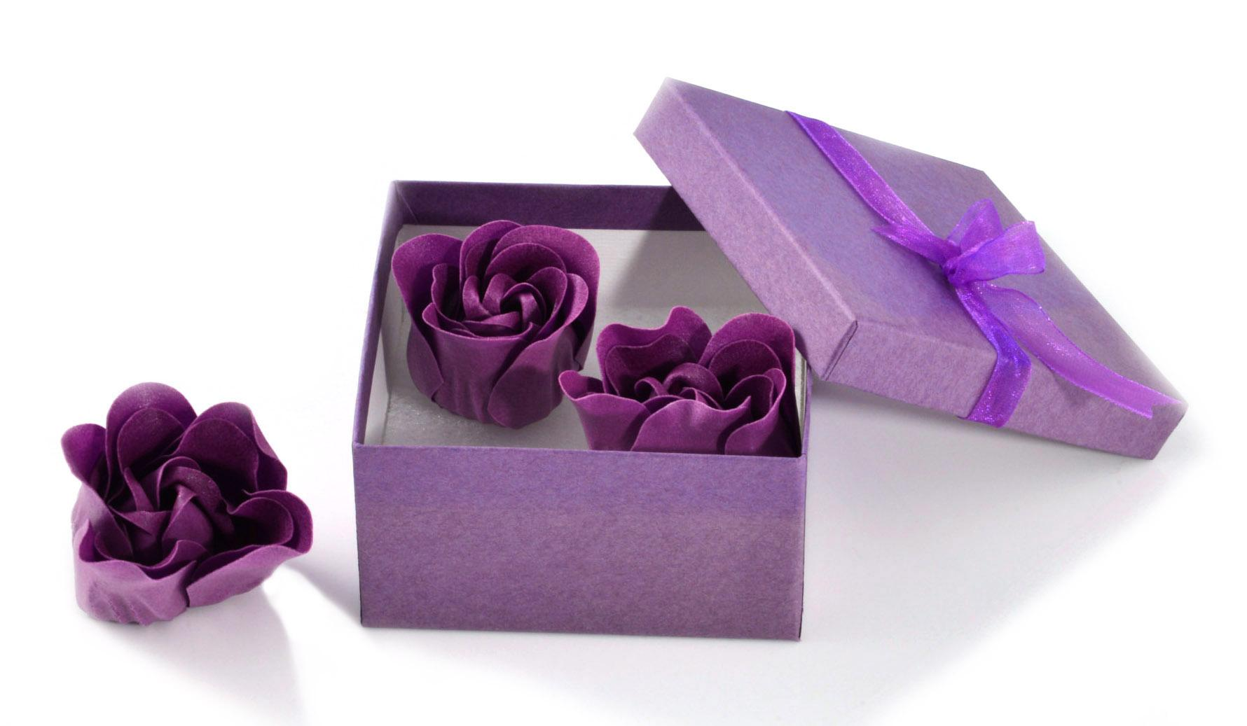 Square deeper recycled kraft purple gift box