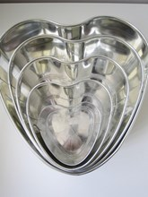 No.1 Heart Baking Tin