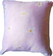 Dinky Daisy Cushion  WAS $34.95 NOW $21.00