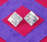 tejida square earrings
