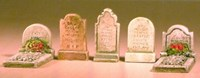 HHCG270 5 assorted grave stones Pack A