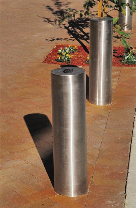 219mm Stainless Steel Bollard Furniture For Public Spaces