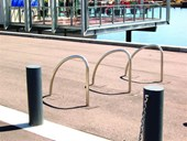 B006 Loop Bike Rack