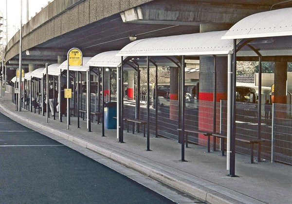 BS300 Bus Shelter