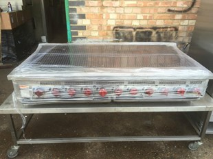 WOLF HOBART CHAR GRILL FOR PERI PERI CHICKEN GRILL WATER TRAY 5 FOOT 1,5M NANDOS