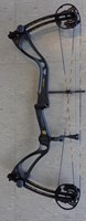 Win and Win Hurricane C6 compound bow