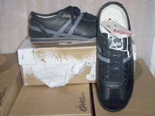 Kustom Momentum Shoes: Black/Grey SALE