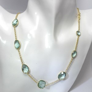 The Blue-Green quartz gemstone necklace