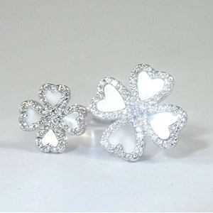 New! The AMAZING Clover 'Diamond' Ring