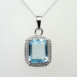 The Truly Amazing Pendant