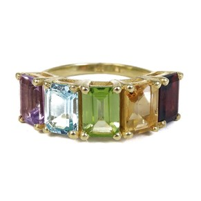 The Fabulous Rainbow 5-stone Ring