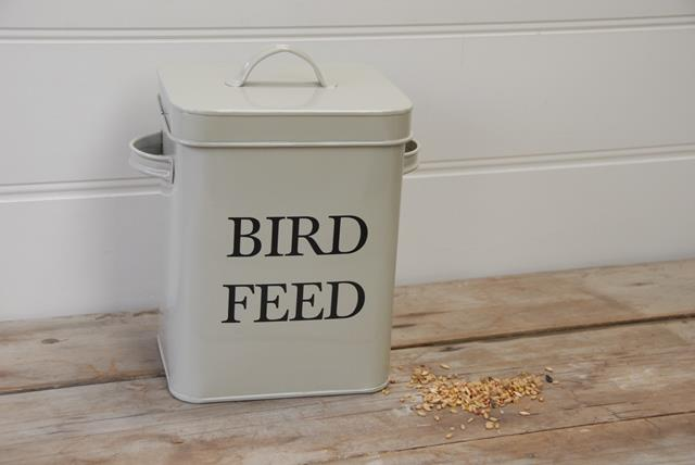 bird feed tin heaven in earth