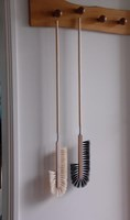 Cornice and cupboard Brush