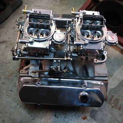 Carburettor linkage set up custom made to suit tunnel rams, superchargers, tripples.