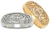 ID303 Promise ,This dazzling signet ring symbolises things to come and future achievements, in a lifetime. 9ct Gold.