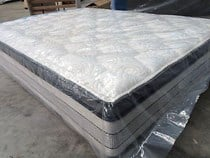 Queen mattress 5 zoned Pocket coil  LATEX ,MEMORY FOAM